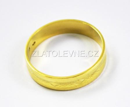 Prsteny Zlaty Snubni Prsten 3 70g Zlate Sperky Zlatolevne Cz