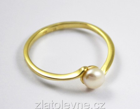 4dc0419ba Zlatý prsten s perlou 1,10g   Zlaté šperky, prsteny, řetízky ...