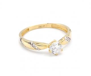 13aec8c9a Zlatý prsten se zirkonem a proužky zirkonů 1,60g